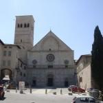Domkirken i Assisi hvor Frans og clara blev døbt.